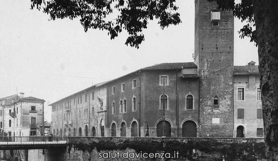 Palazzo del Territorio di Vicenza e l'antica torre